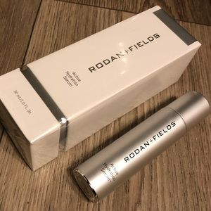 Active hydration serum (sealed) Rodan + Fields
